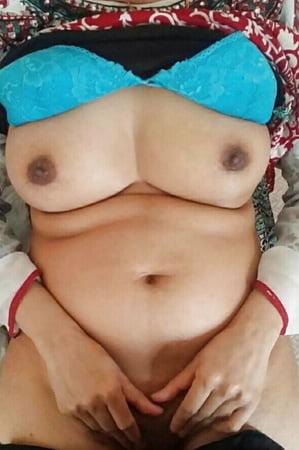 thick nude paki girl