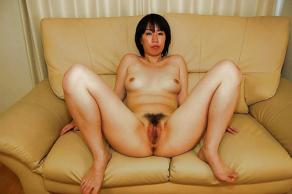 Chinese hairy pussy photo