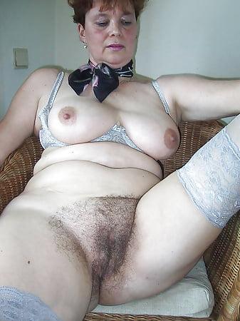 Erotic Pics First time blowjob tube