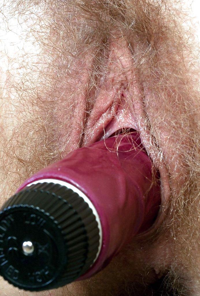 можно испортить огромный резиновый член в волосатой пизде запульсировал, постаралась прибавить