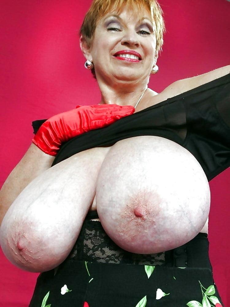Big boob granny movies, hot nude college girls drunk