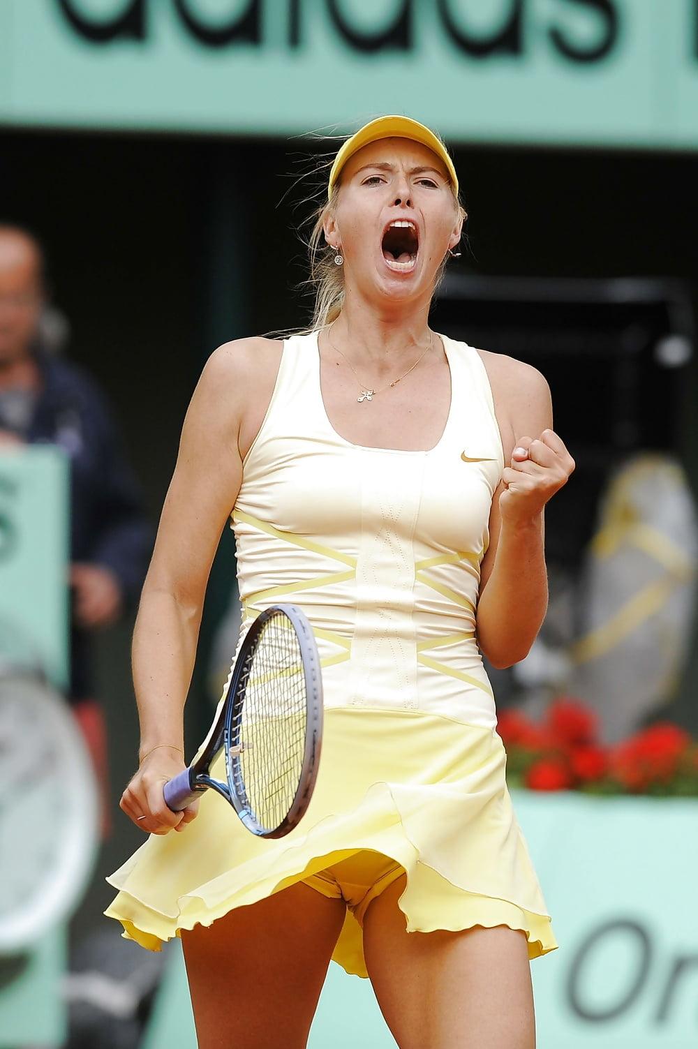 Female tennis player upskirt