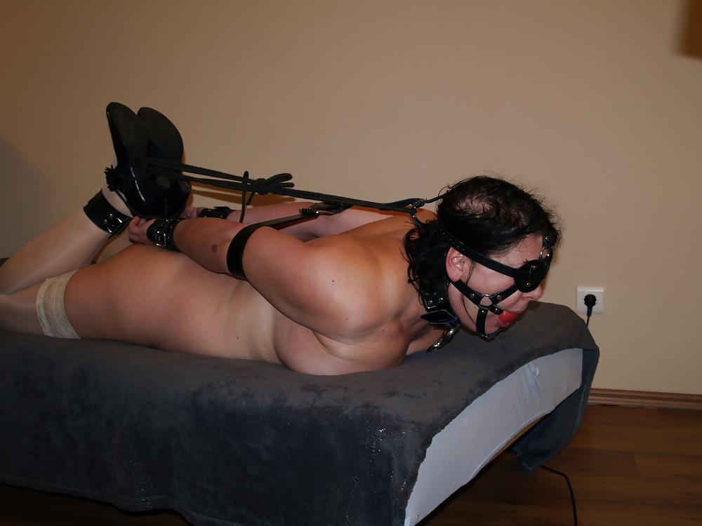 Lesbian Bondage Teen And Milf Porn Photo