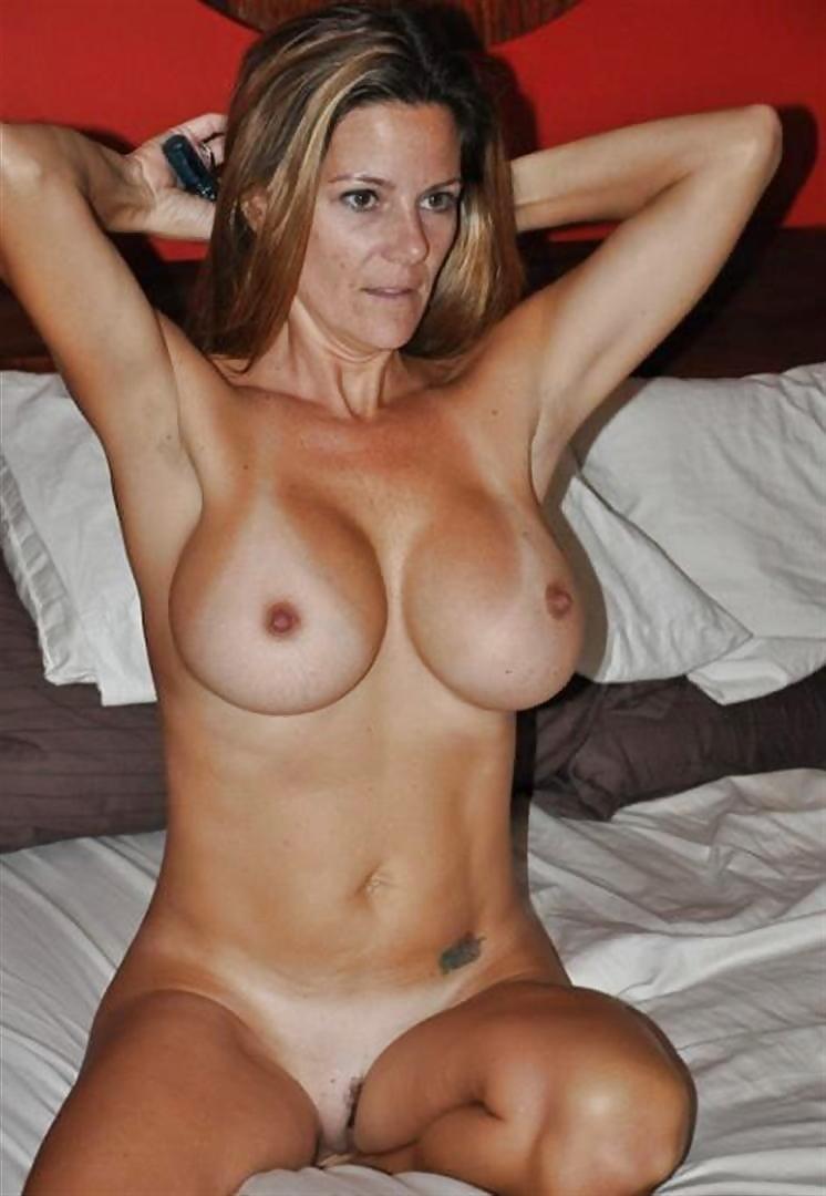 Big tits tanned milf free pics