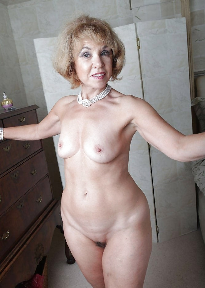 Moms And Aunts 23 Pics Xhamster