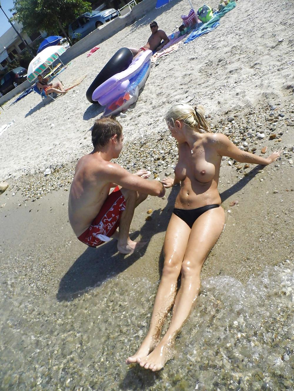 Sex Gallery Teens on the Beach