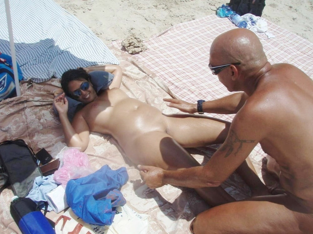 Dark Side of the Beach Boat Pool #3 - 110 Pics