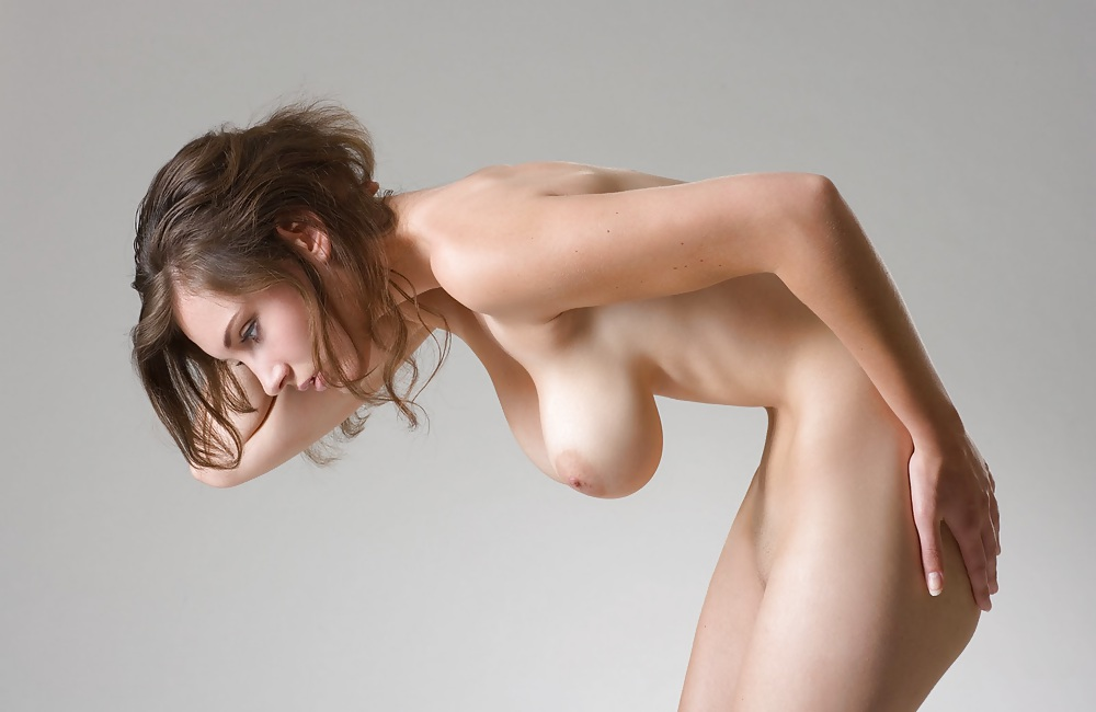 Free Big Naturals, Saggy Tits Pictures