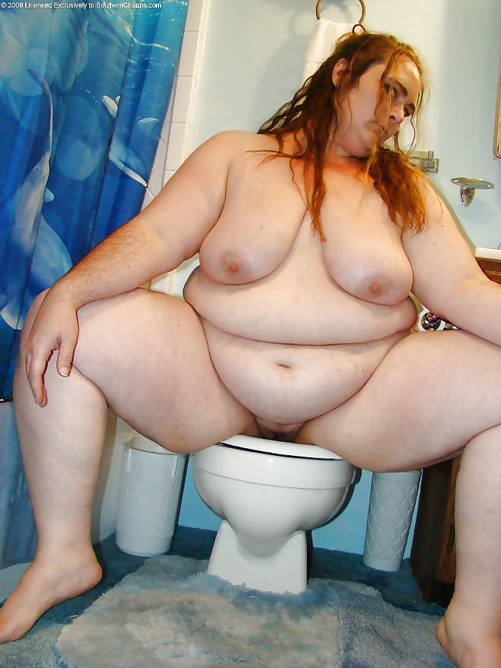Bbw nadia st claire in the toilet