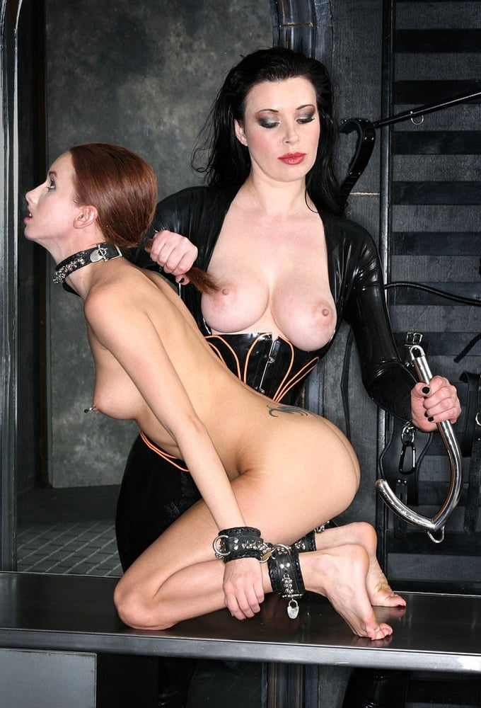 bdsm-author-with-pseudonym-jackpot-real-family-nude
