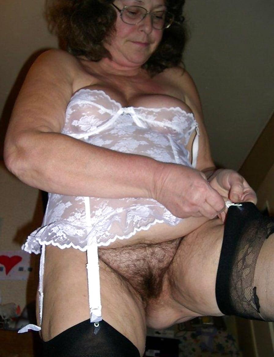 The official website for mature granny porn star girdle goddess