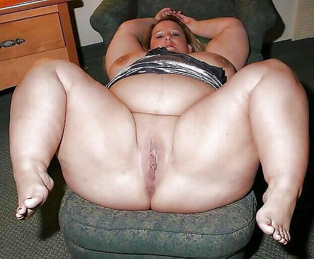 порно фото толстуха раздвигает ляхи - 5