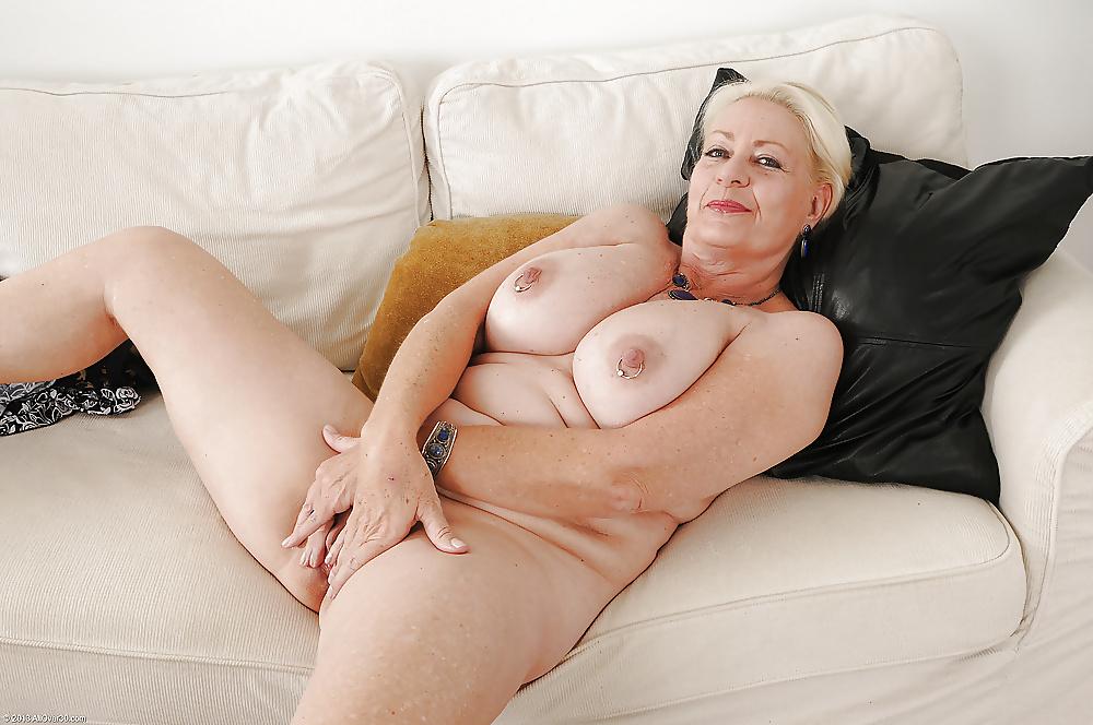 женщины старые с большие сиськи порно том