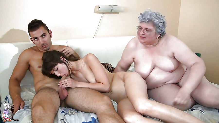 Young Guy Fucks Old Woman And Men Sucking Dick She Was Wasting Her
