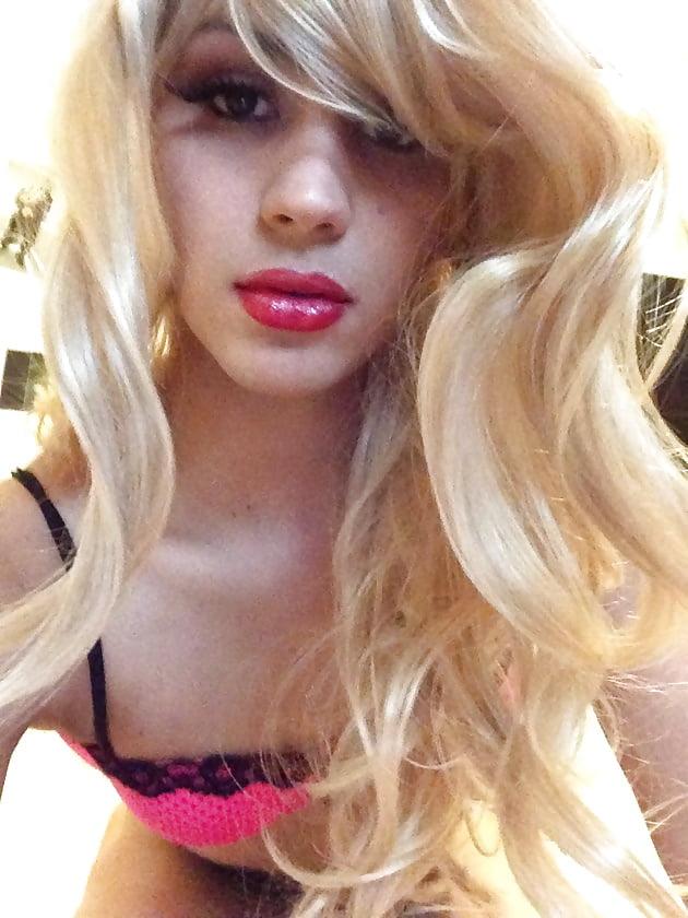 Блондинка трансвестит фото