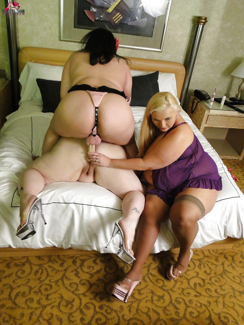 Free pix chubby girl seduced lesbians, free black girl pornos