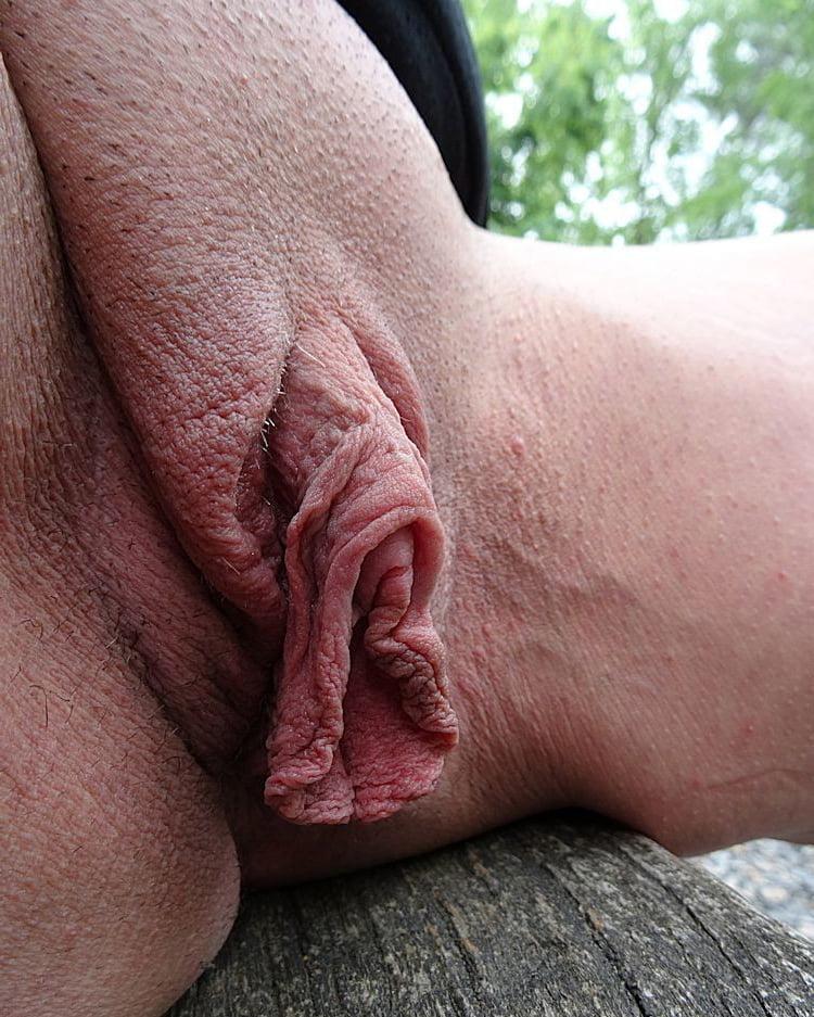 Large clit porn