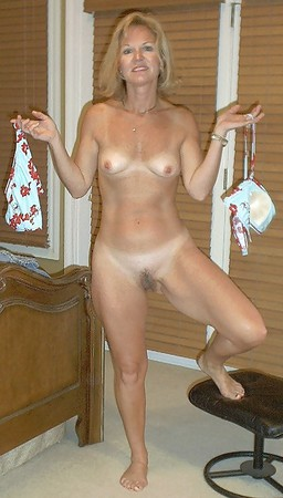 Warm Nude Older Cougars Pic