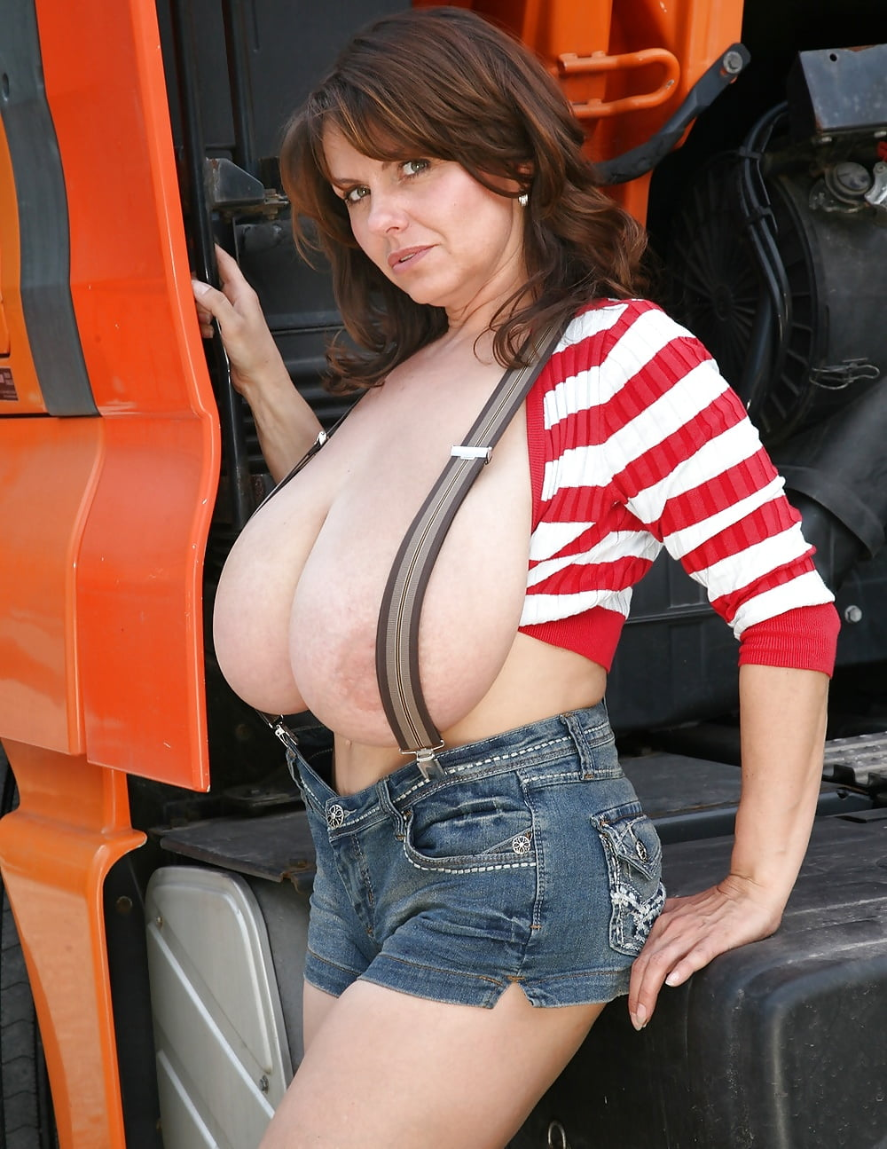 Flashing truck drivers free pics