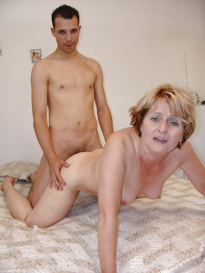 Handjob boy fucking older women porn