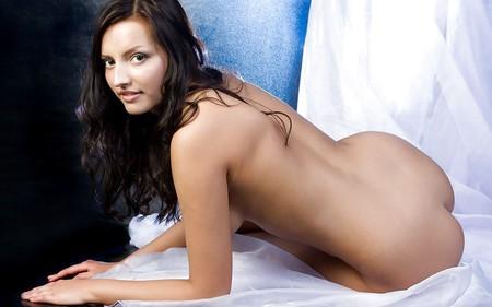 Nude woman wallpaper