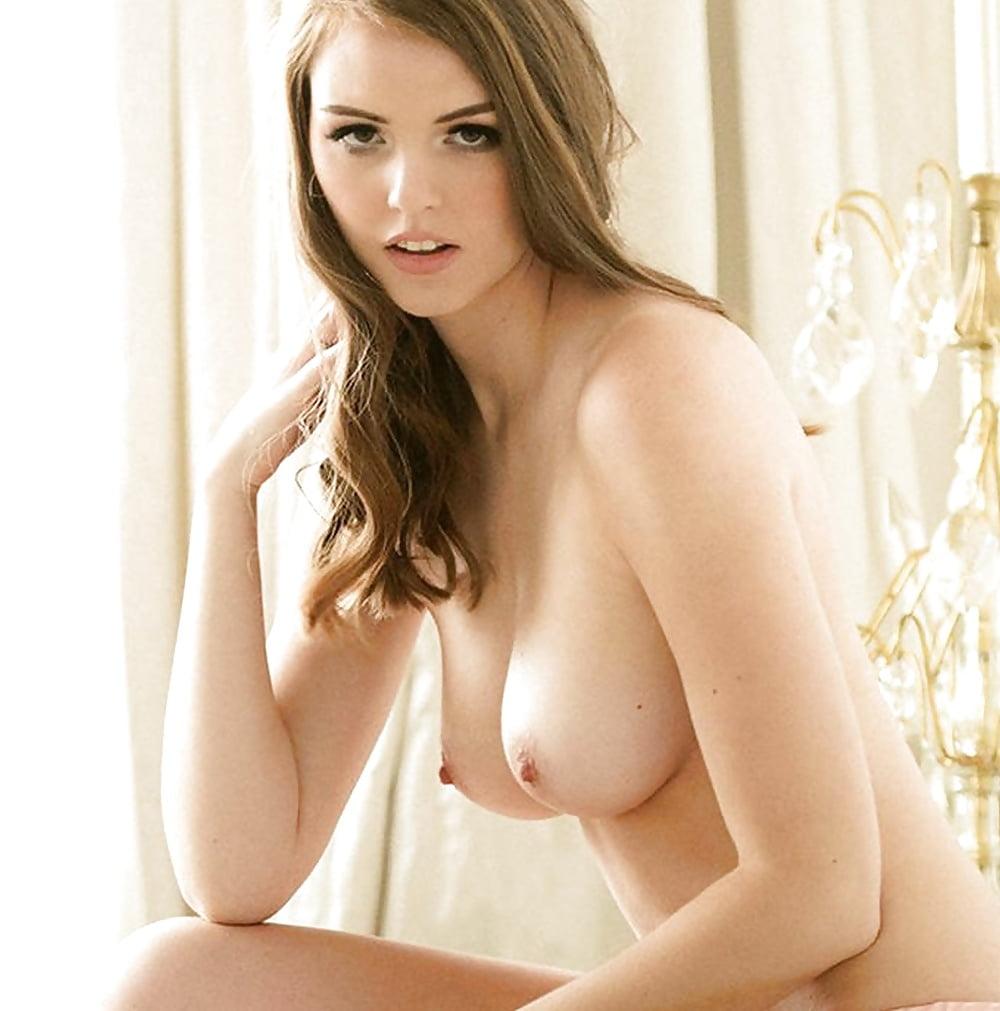 Rosie Danvers Topless