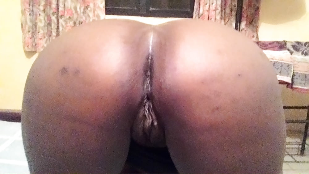 thick wife nude pics