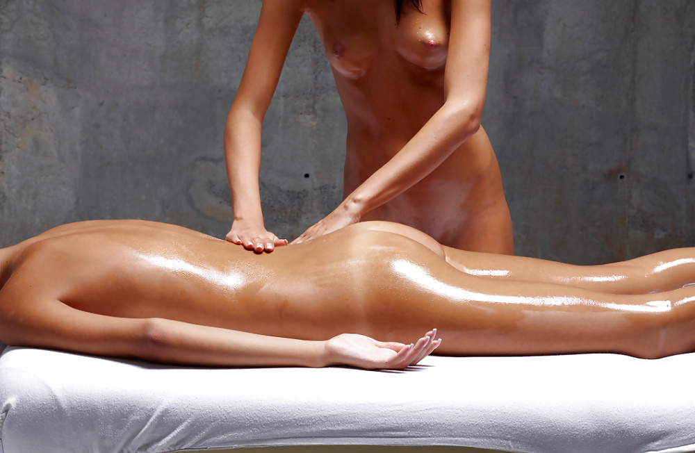 Nude massage happy ending