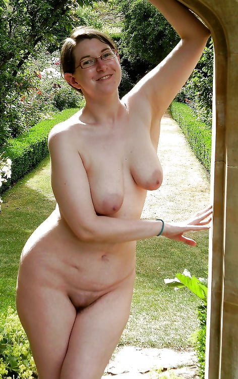 Attractive Naked Old Women Tgp Pics