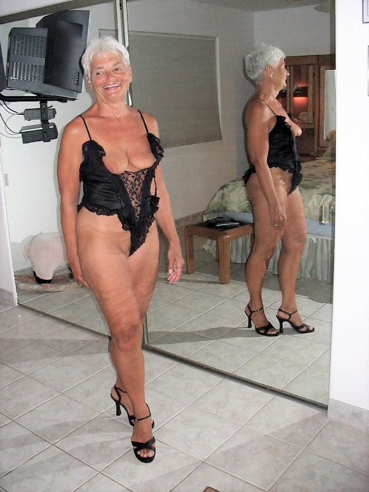 Fotzen bilder granny Hot Granny