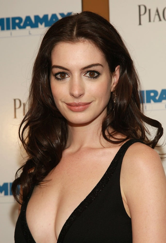 Anne hathaway naked pics-6275