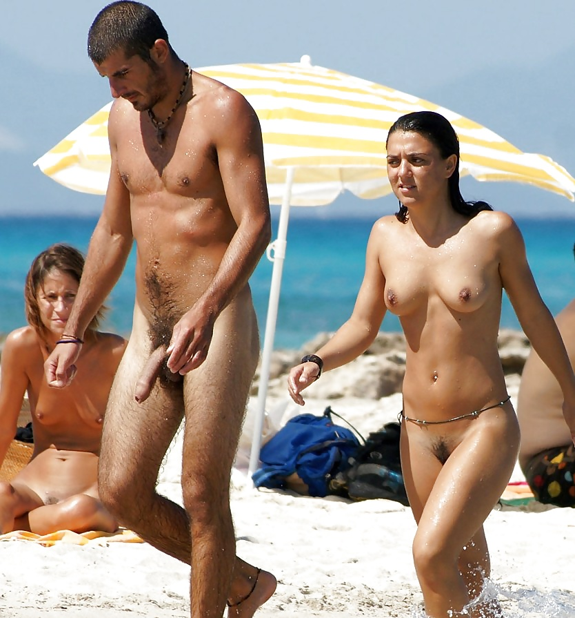 Erections on the nudebeach — photo 1