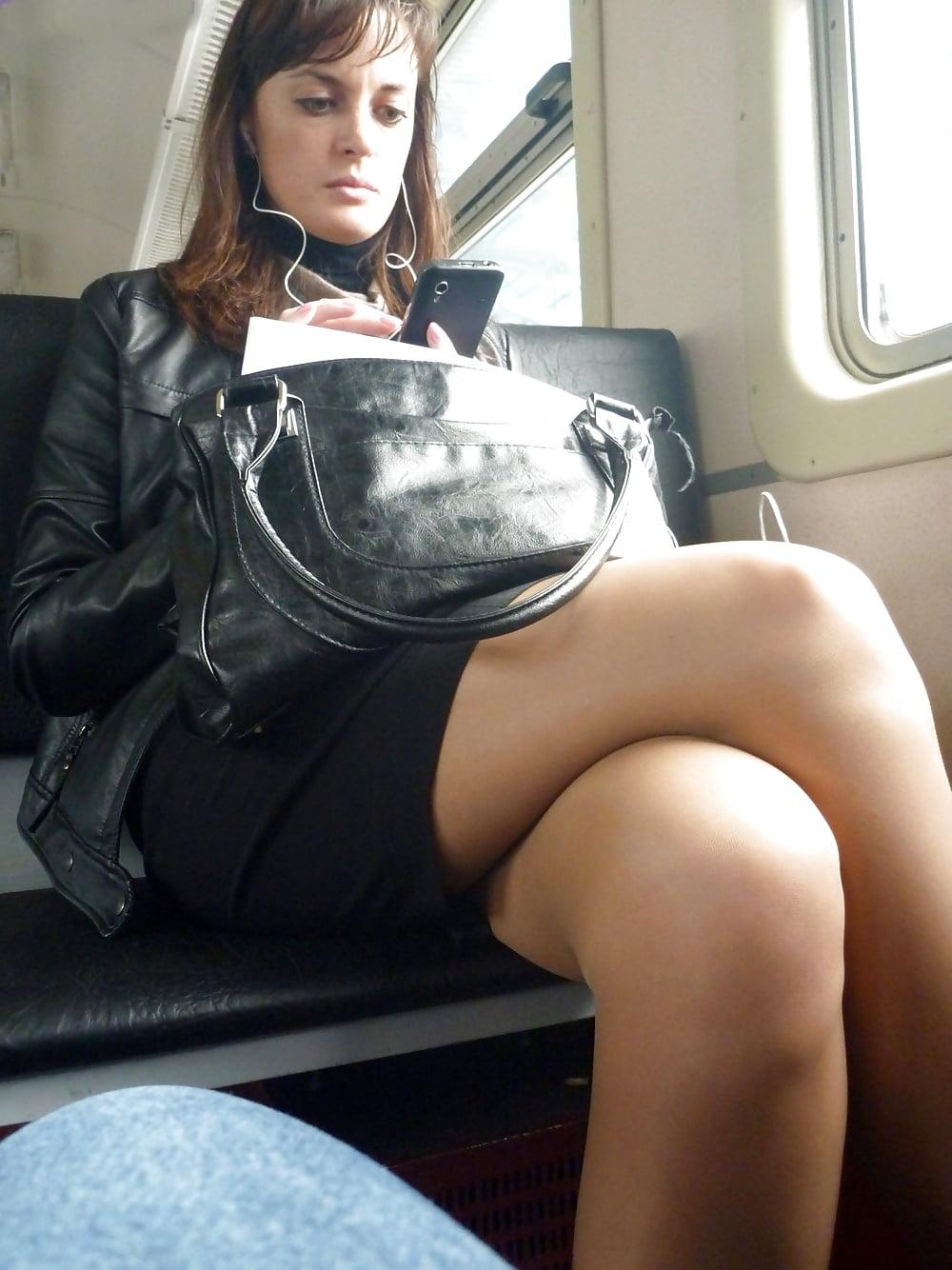 Фото голая бизнес леди в поезде 12