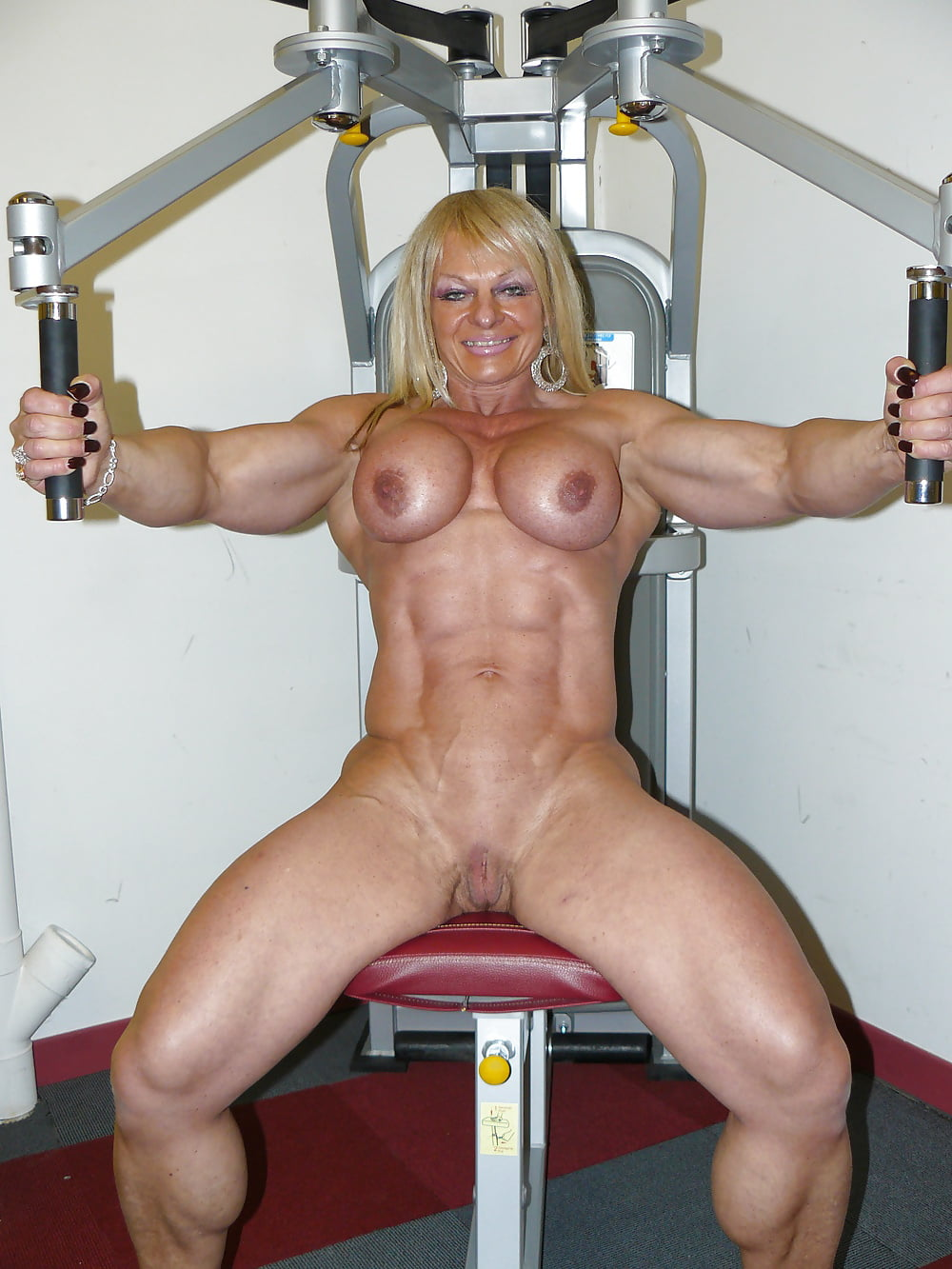 Female Bodybuilder With Big Clit