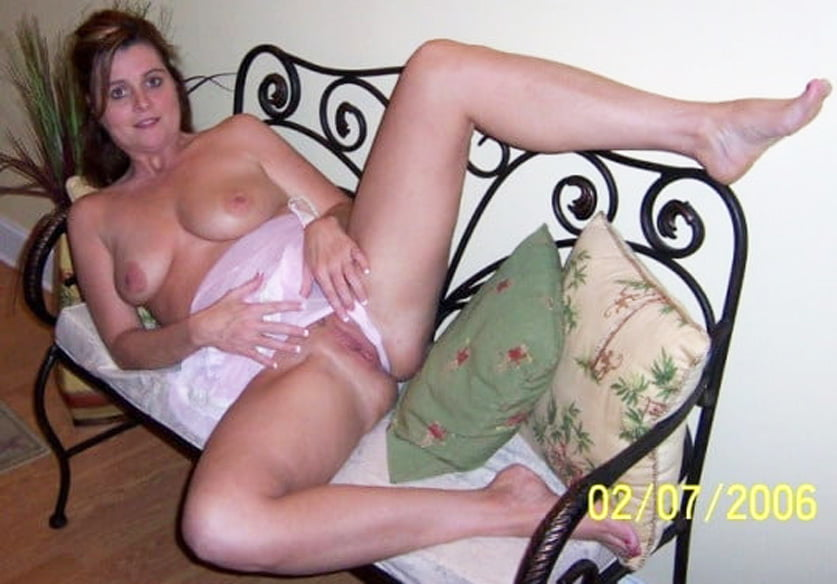 Girls I Like 325, Matures - 44 Pics