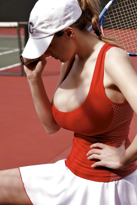 Best boobs tennis gifs