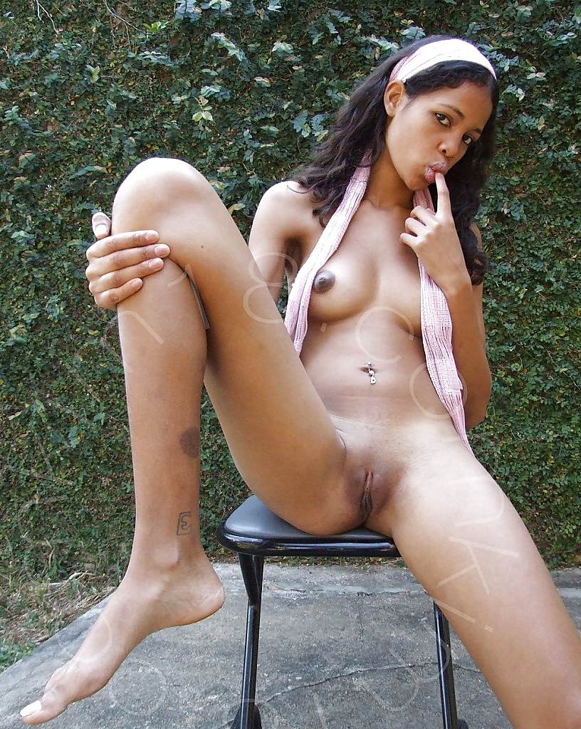 beautiful-milf-black-and-mexican-girls-nude