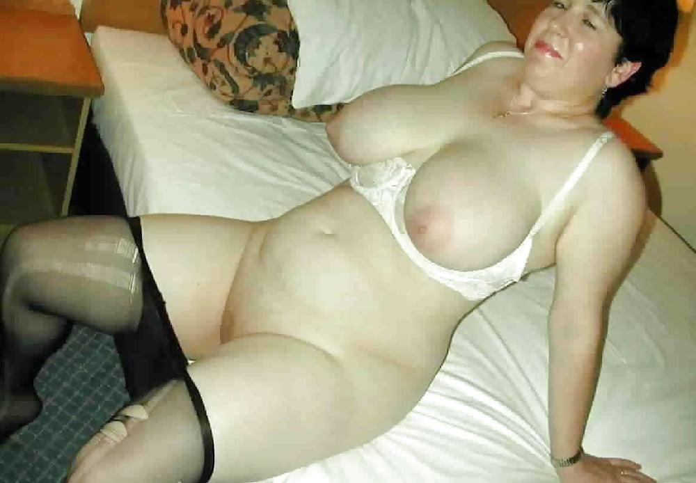 голые женщины толстые в возрасте влюбилась