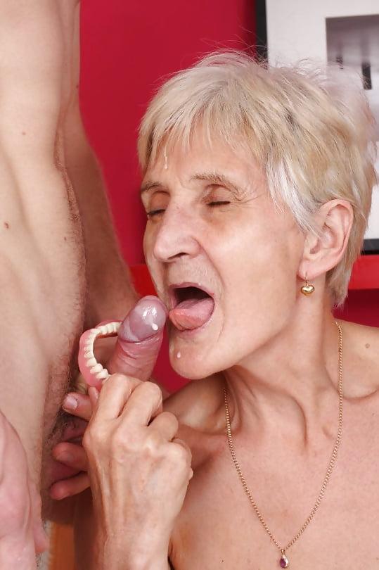 Old ladies sucking clits