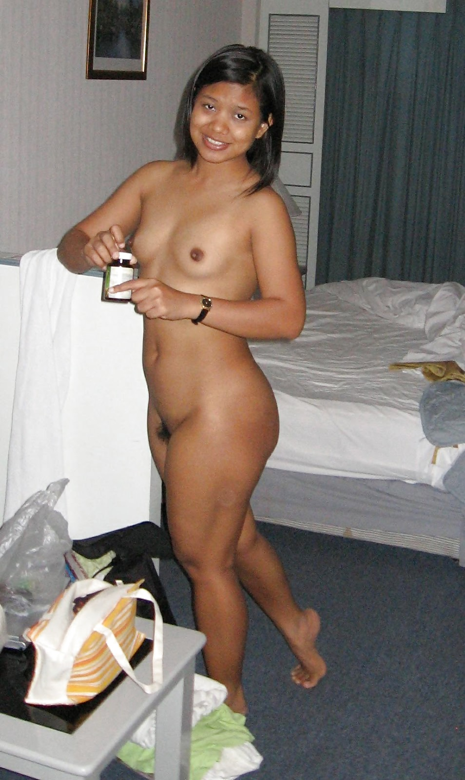 malay-amatuer-girl-naked