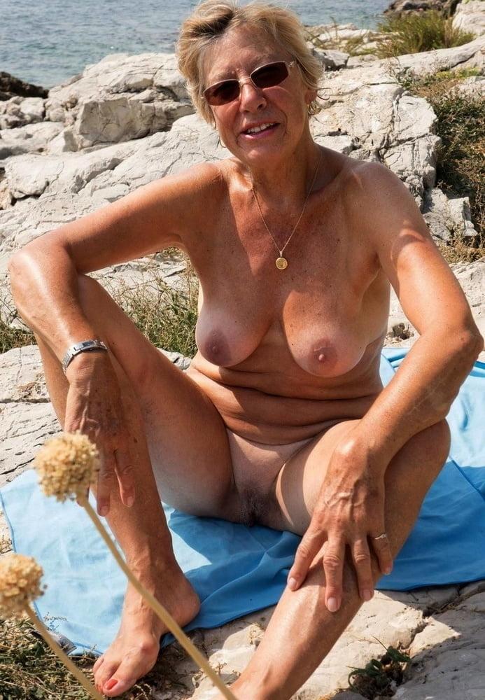 Horny older women near me-8599
