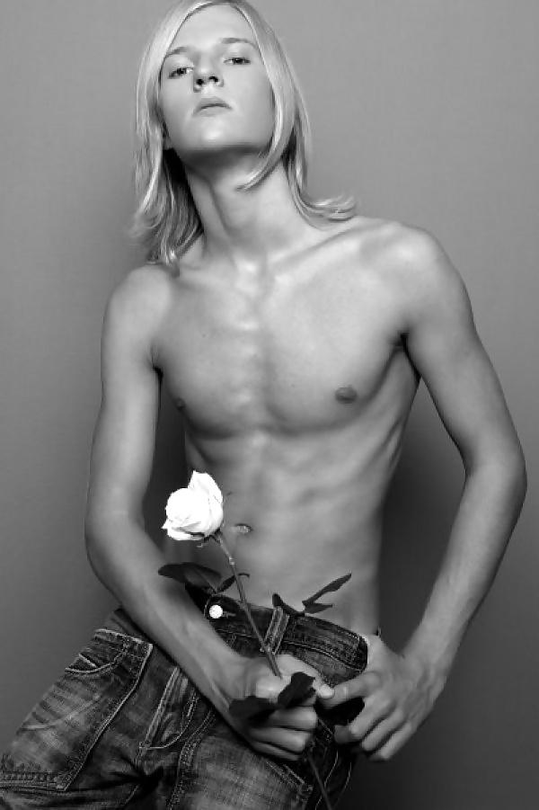Hot sexy naked gay guys-4990