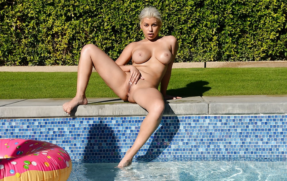 Briana Lee shows off her Awesome Body Naked by the Pool