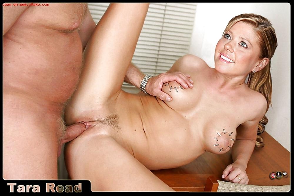 Tara Sex Nude
