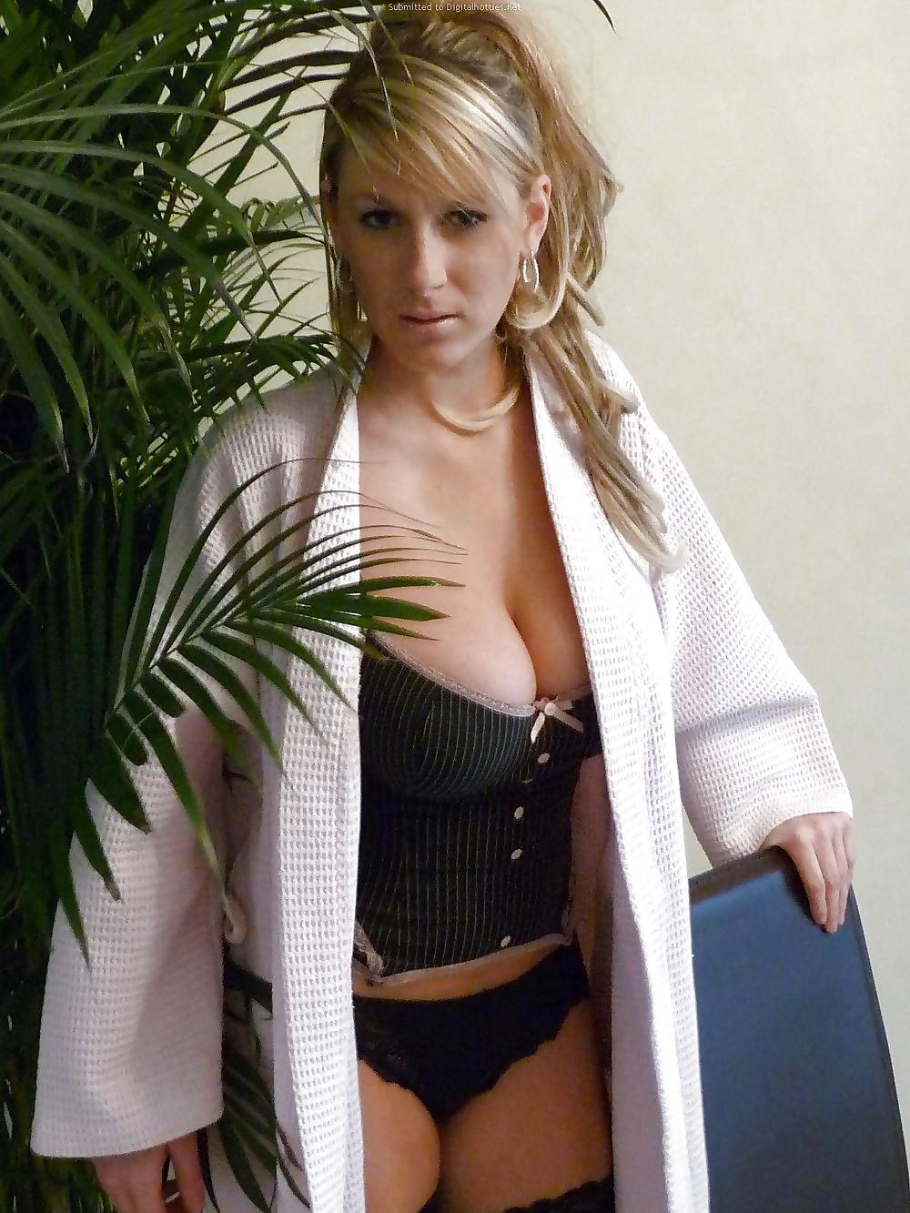 Sexy blonde hd porn-4796
