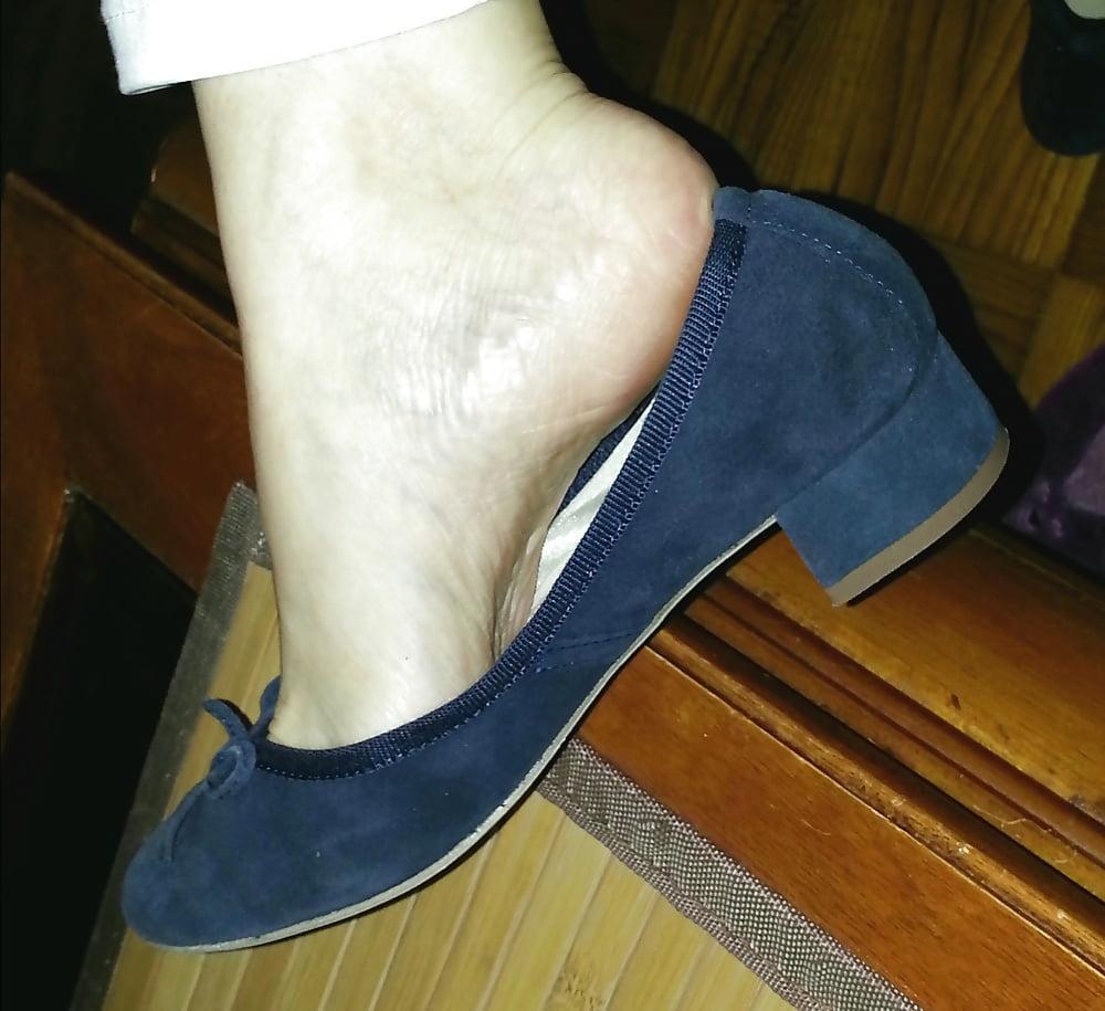 Feet mature lesbian