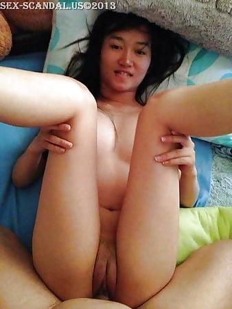 Superstar Nude Singapur Images