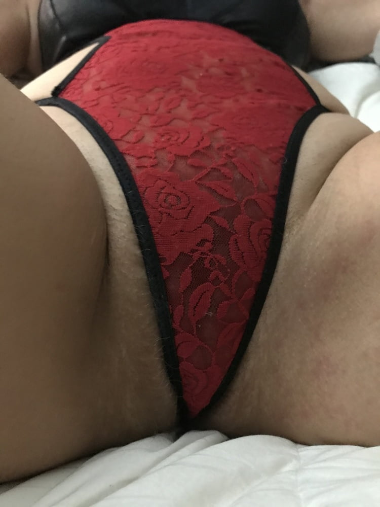 See my Sexy Red Lingerie American Milf 21