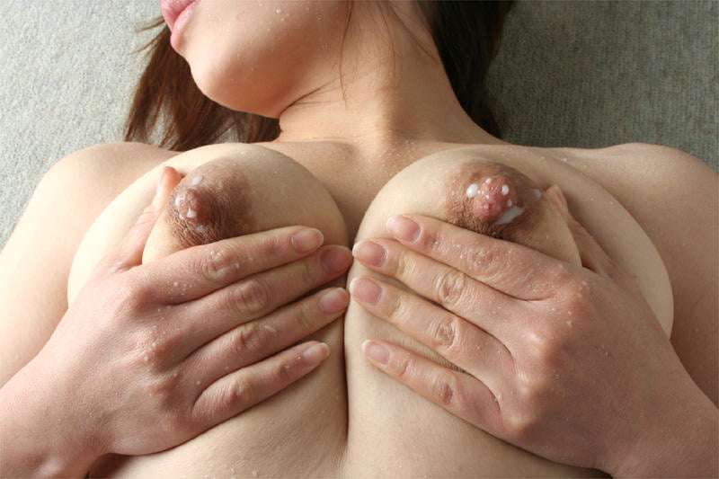 Squeeze my breasts