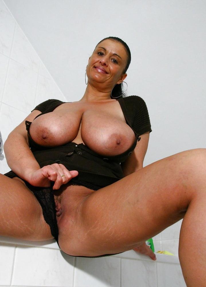 Mom mature huge boobs tube